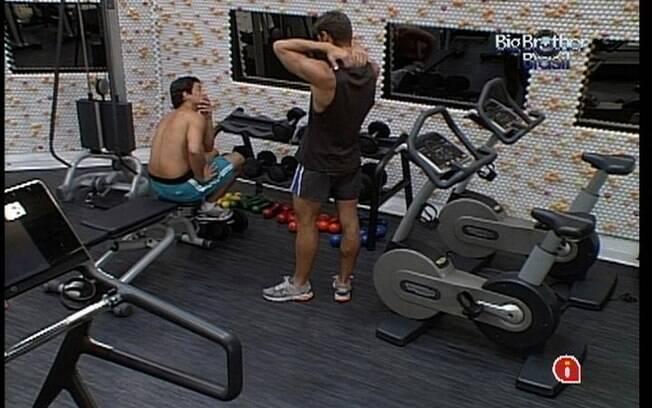Fael e Jonas conversam sobre a futura indicação do Líder Yuri