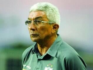 Recomeço.  Em sua quarta passagem pelo América, Givanildo comanda o time hoje contra o Joinville