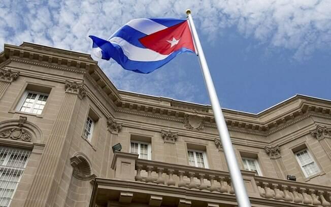 Cuba fica mais aberta ao mercado, mas ainda com restrições