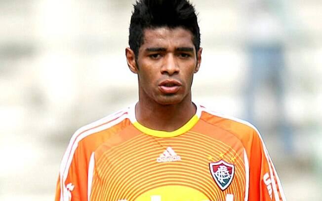 Tiuí Henry: ex-atacante do Fluminense e do  Santos também tinha apelido em homenagem ao  atacante francês