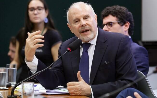 Ex-ministro da Fazenda, Guido Mantega participou da CPI do BNDES