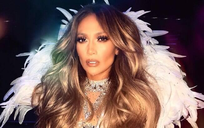 Nos anos 90, Jennifer Lopez diminuía sua idade em um ano