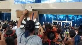 Manifestação de indígenas é dispersa com bombas de gás
