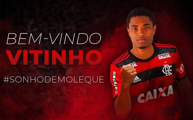 O Flamengo anunciou Vitinho em suas redes sociais