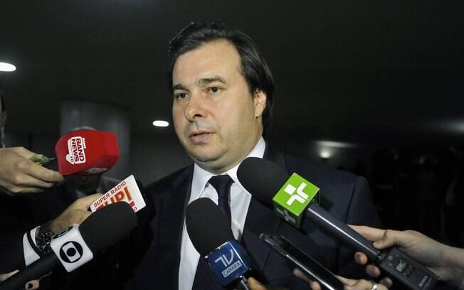 Presidente da Câmara, deputado Rodrigo Maia (DEM-RJ) chama revisão da meta fiscal de