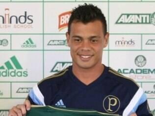Apesar de ter pedido ao técnico Gareca para deixar o Verdão, meia precisará seguir no clube paulista