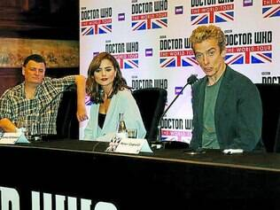 Tour mundial. Steven Moffat, Jenna Coleman e Peter Capaldi responderam a questões de fãs no Rio