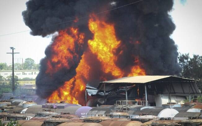 Cetesb multa empresa em R$ 87 mil por incêndio em vagões em Paulínia