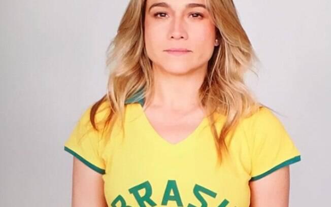 Fernanda Gentil compartilha foto com a camisa do Brasil e manda recado no dia das eleições