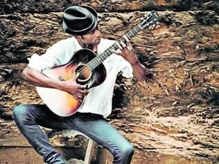 Músico. O nigeriano Keziah Jones apresenta trabalho que mescla referências do blues e do afrobeat