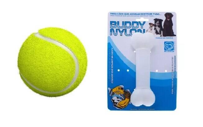 Bolas de tênis e ossos de nylon são brinquedos para cachorro fundamentais