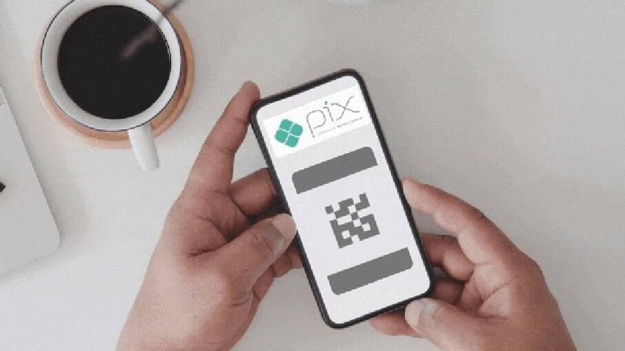 Bancos têm até hoje para impor limite de R$ 1 mil no Pix