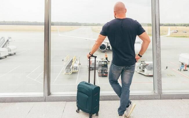 Sair do aeroporto para visitar a cidade é uma boa ideia, desde que você tenha tempo para voltar para a viagem de avião