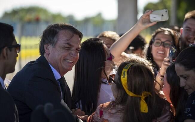 O presidente já havia falado com simpatizantes na saída do Palácio da Alvorada na última semana.