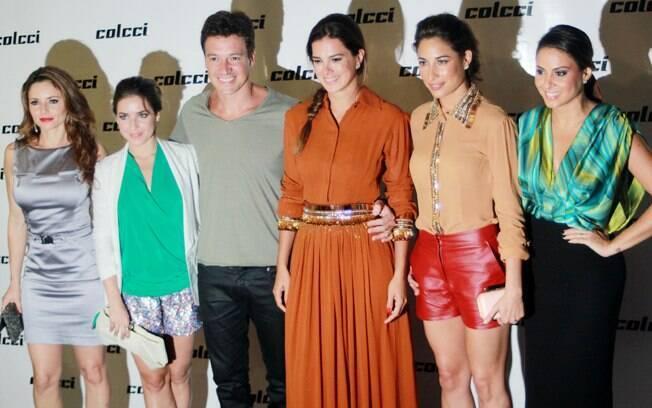 Rita Guedes e mais famosos no desfile da Colcci