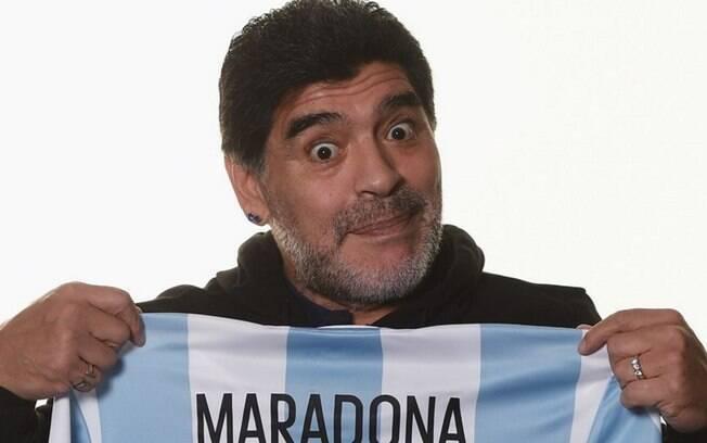 Diego Maradona, ídolo do futebol da Argentina, é criticado por ex-goleiro do Paraguai