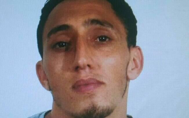 Fotografia divulgada pela Polícia Nacional, do suspeito que foi detido após o atentado em Barcelona