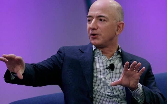 Jeff Bezos, dono da Amazon, se tornou a primeira pessoa a atingir US$ 200 bilhões em patrimônio