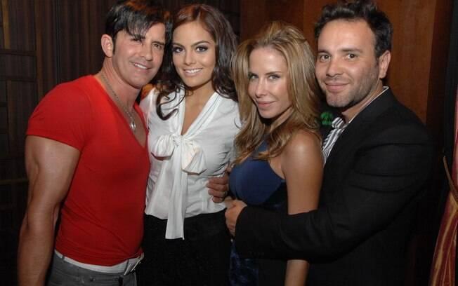 Dr Rey com, Ximena Navarrete, Ana Paula Junqueira e Matheus Mazzafera