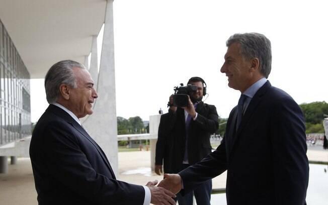 Mauricio Macri foi recebido por Michel Temer no mês passado; presidente argentino quer informações sobre a Odebrecht