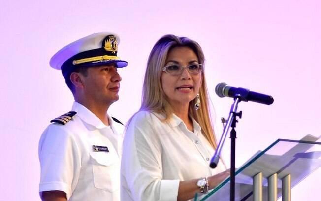 Jeanine Añez é a presidente interina atual da Bolívia; ela tomou posse após possíveis fraudes na eleição de Evo Morales