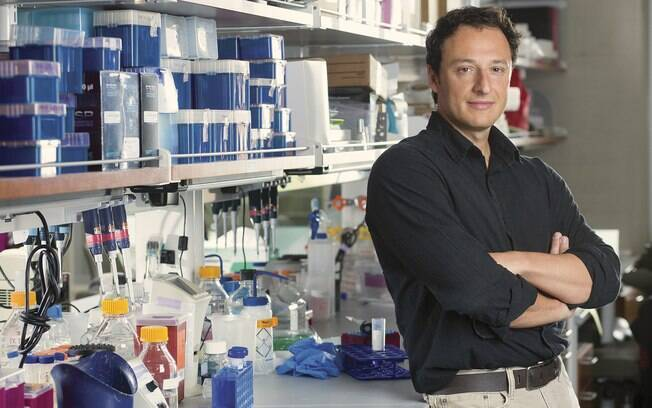 O cientista brasileiro Alysson Muotri enviou 100 minicérebros ao espaço para ver como os órgãos se desenvolvem fora da Terra.