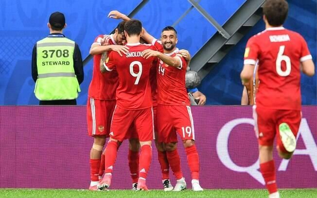 Rússia venceu a Nova Zelândia na abertura da Copa das Confederações