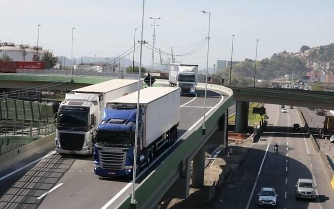 O viaduto começou a funcionar nesta quarta-feira (8)
