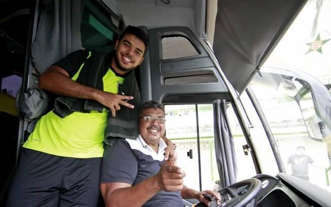 Torcida do Botafogo cria