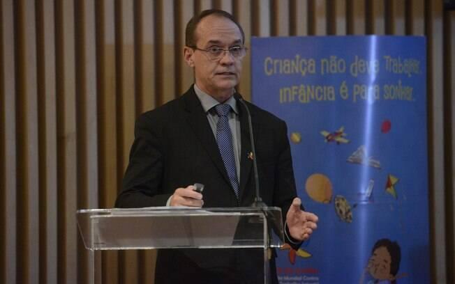 Diretor adjunto de Pesquisa do IBGE, Cimar Azeredo aponta a queda na massa de rendimento no Brasil