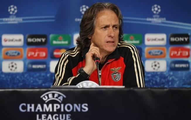 18º Jorge Jesus (Benfica) - 4 milhões de  euros