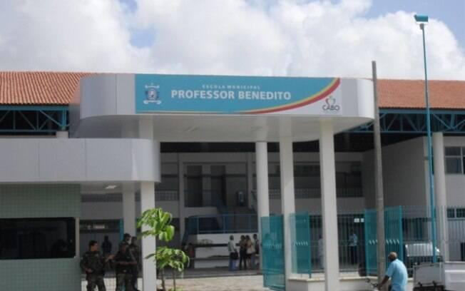 Aluno de 16 anos foi morto dentro de escola na Grande Recife