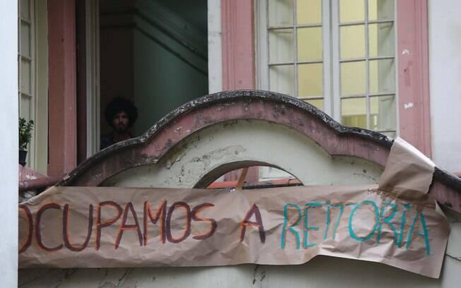 Alunos ocupam a reitoria da PUC no bairro de Perdizes, zona oeste de São Paulo