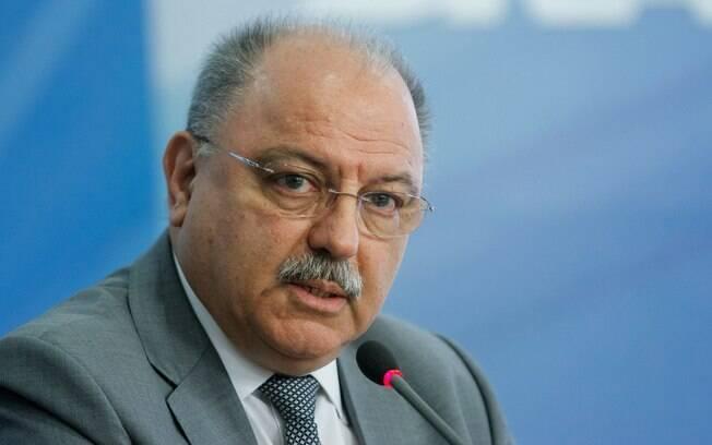 Chefe doGSI, general Sérgio Etchegoyen, afirma que uso de Forças Armadas vai até segunda-feira (4)