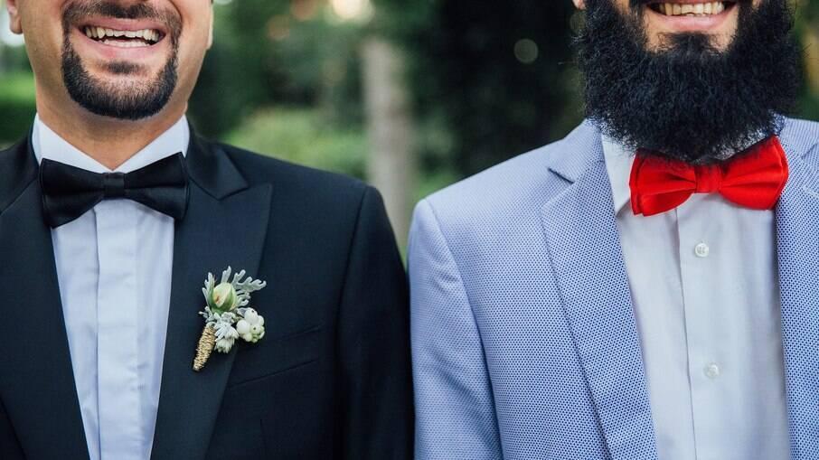 União estável e casamento igualitário podem conferir os mesmos direitos ao casal, explica advogado