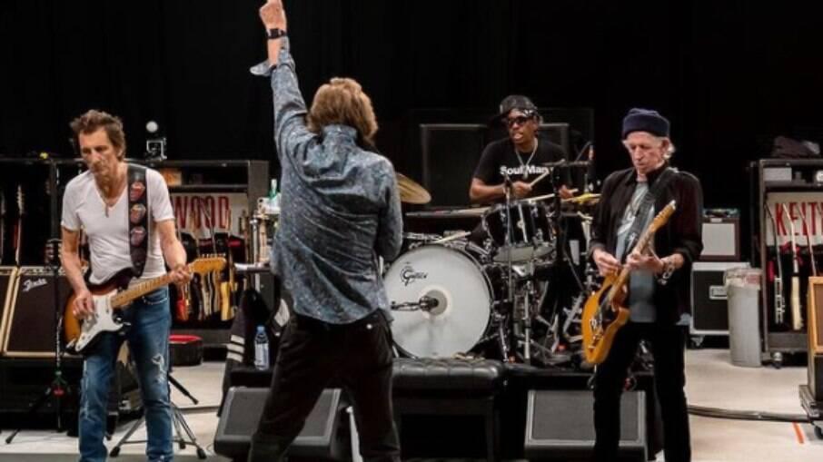 Conheça o novo baterista do Rolling Stones