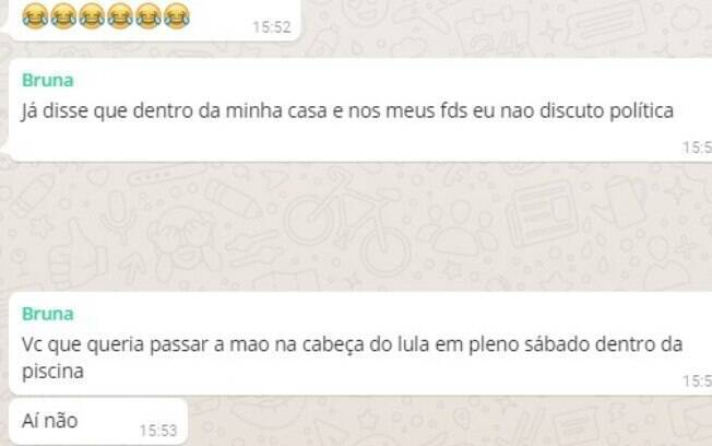Conversa de Bruna com as amigas no grupo de Whatsapp