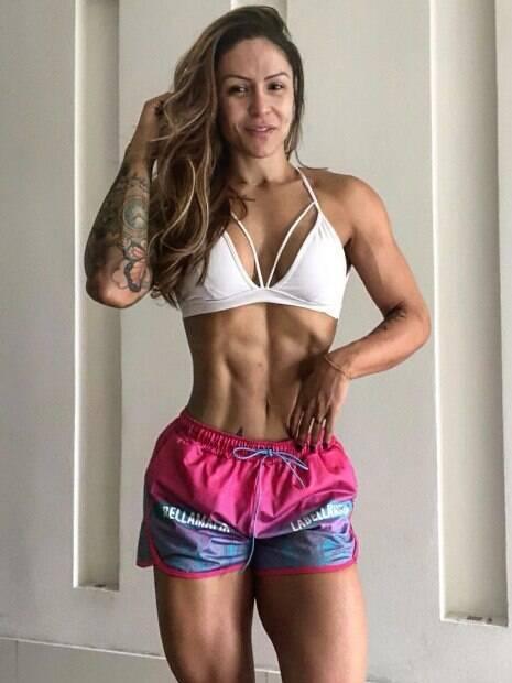 Fisiculturista Yara Silva é campeã no esporte e acabou sendo presa por tráfico de drogas