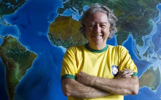 Aldyr Schlee, o homem que criou a camisa da seleção brasileira na cor amarela