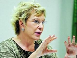 Marta admite que pode deixar PT, mas diz que terá 'tempo' para pensar