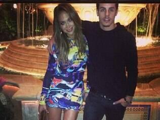 Namorado de Jennifer Lopez é acusado de trocar a artista por uma modelo transexual