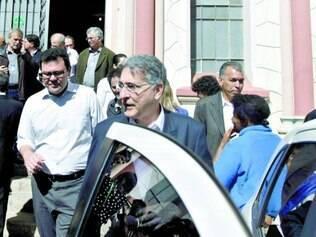 Conversas. Pimentel visitou a Santa Casa de Belo Horizonte e disse que não há reclamação de Dilma
