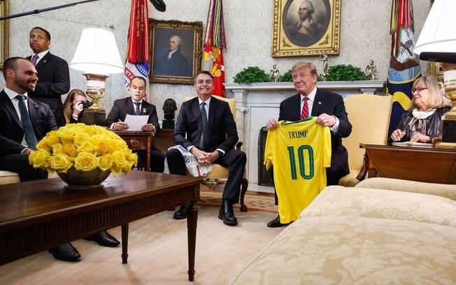 Bolsonaro e Trump: presidente norte-americano fez declaração de olho nas eleições de 2020