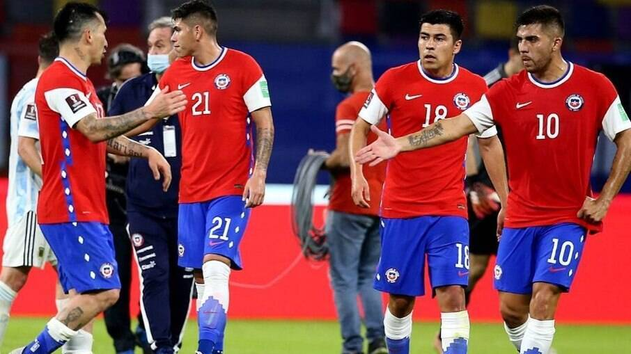 Seleção do Chile esconderá símbolo da Nike em jogo na Copa América