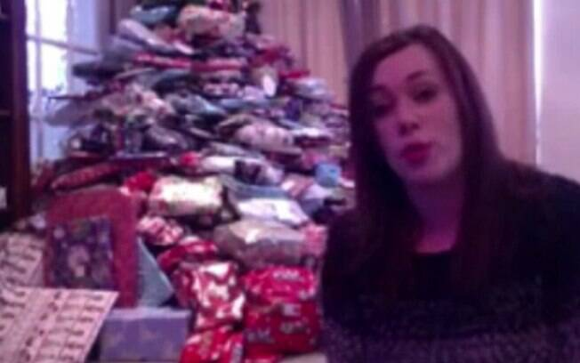 Durante entrevista para uma rede de televisão britânica, Emma contou que gosta muito do Natal e que nada vai mudar