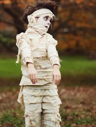 Seu filho vai amar sair assustando as pessoas vestido assim; aprenda a fazer aqui