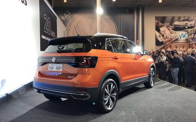 VW T-Cross estará vendido no Brasil com cores chamativas, entre as quais  laranja, bordô e dourado