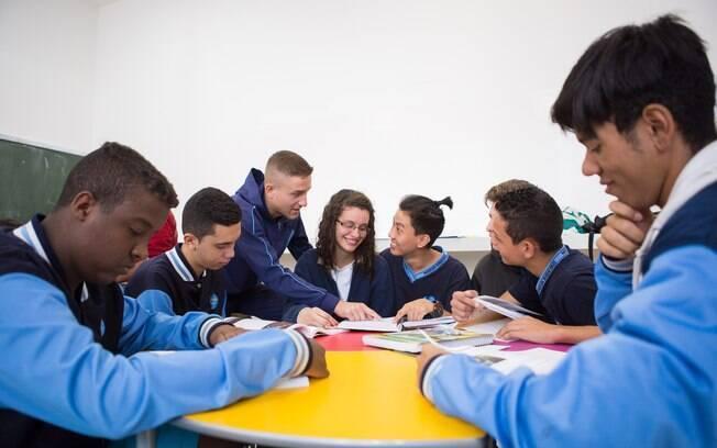 Retorno às aulas em São Paulo acontece em todas as 5 mil escolas estaduais de São Paulo