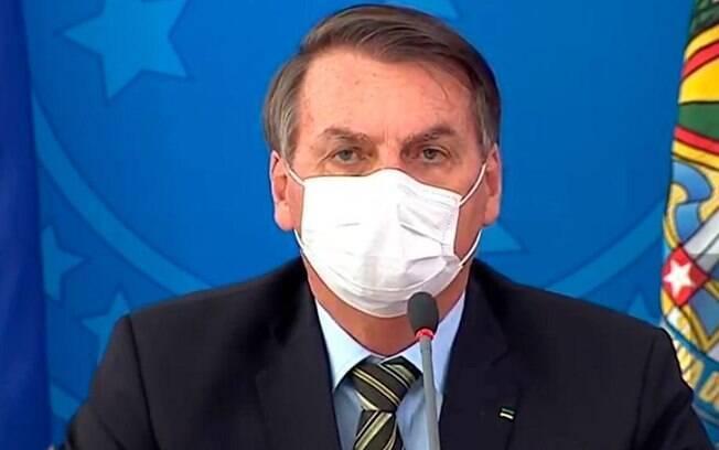"""""""Não existe no vídeo a palavra Polícia Federal nem superintendente"""", disse Bolsonaro a jornalistas ao sair do Palácio do Planalto"""