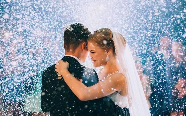 Direitos trabalhistas: funcionário tem direito a licença gala após se casar; veja